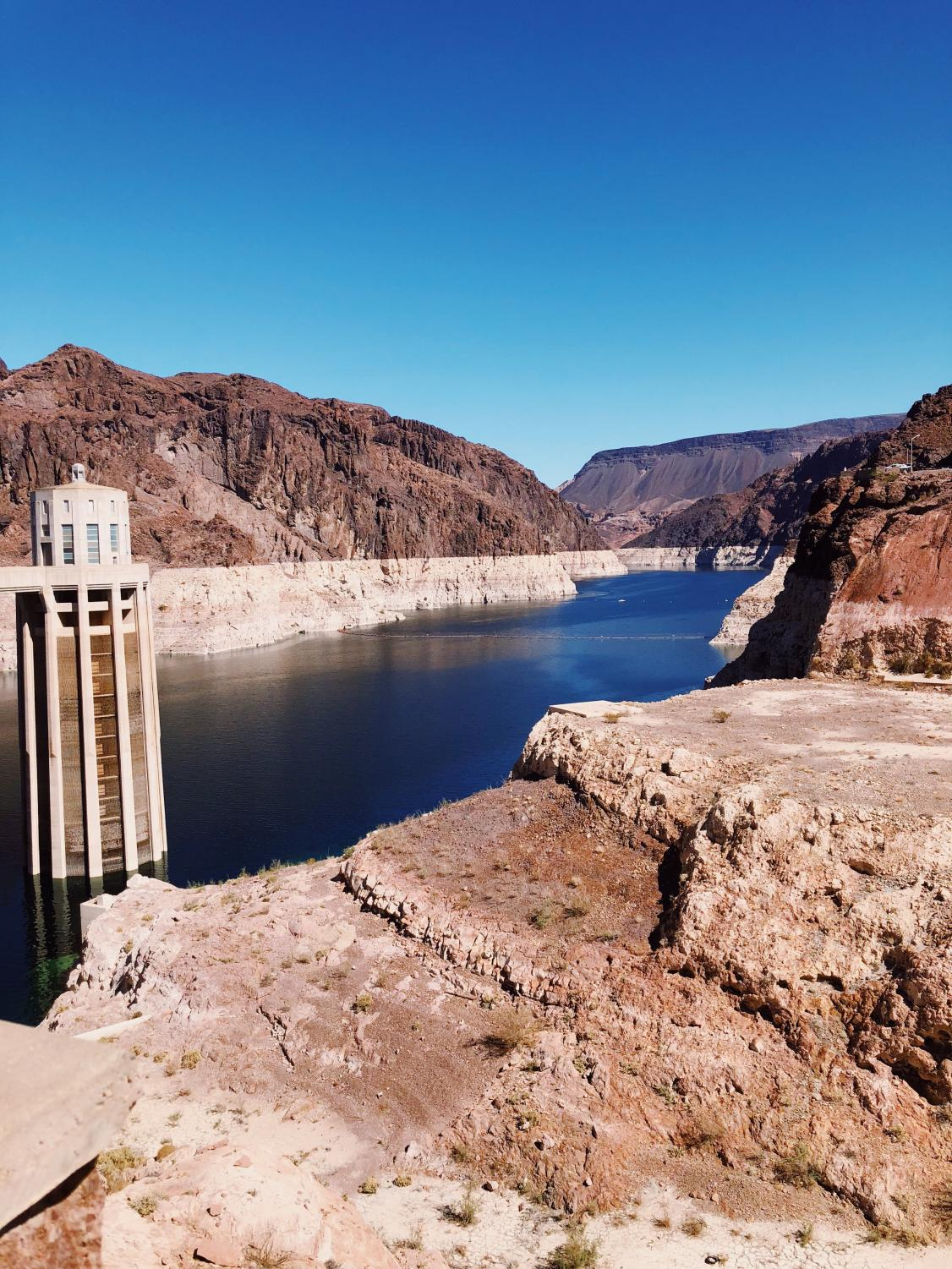 Life-line+of+the+desert.+The+Hoover+Dam+blocks+the+Colorado+River.+This+provides+%22at+least+4+billion+Kilowatt+hours+to+Nevada%2C+Arizona%2C+and+California-+Enough+to+serve+1.3+million+people%2C+According+to+the+Beuaru+of+Reclamation.
