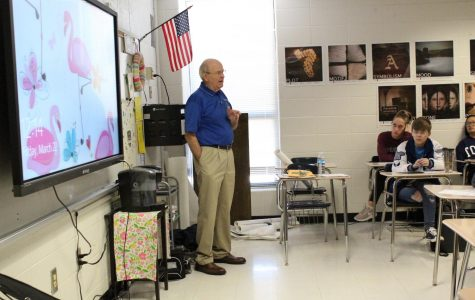 Vietnam war veteran shares stories with AP Lang classes
