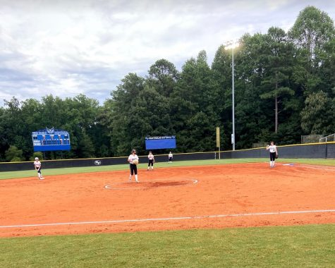 A region win for SOFO Nation. The Junior Varsity softball team played West Monday August 24 in their third region game of the season. After a long, and successful battle, South came off on top with a 9-0 win. A incredible performance by each member of the team leaves South undefeated in the region.