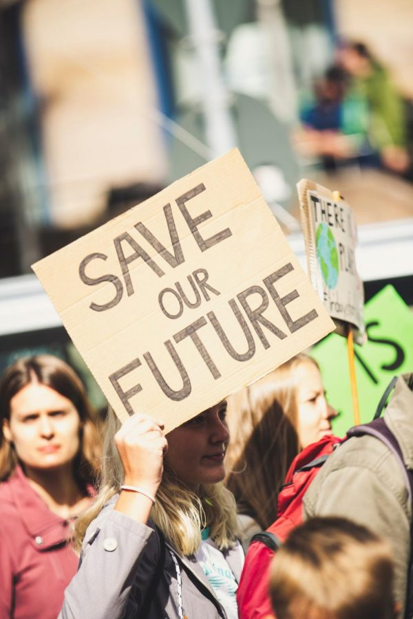 Save+our+Future.+With+the+Presidential+election+fast+approaching+on+November+3rd%2C+US+citizens+wonder+who%27s+hands+the+future+of+the+country+will+fall.+Many+people+felt+the+hostility+given+the+turmoil+that+developed+over+the+past+few+months.+
